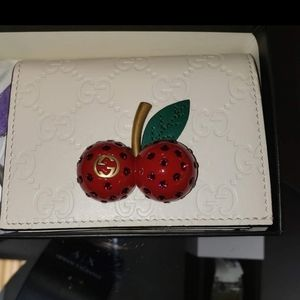 Gucci cherry wallet limited edition